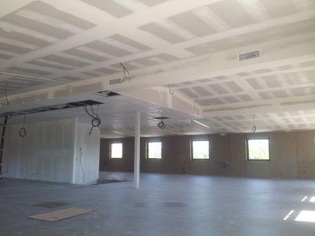 Pose plafond peinture fa ade plaquiste eguilles dans for Installation faux plafond ba13